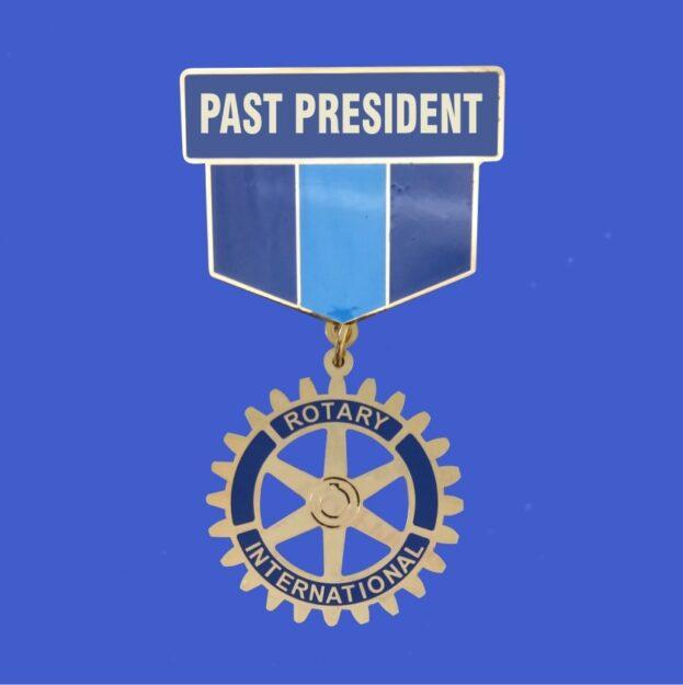 Past_President_Large_Pin.jpg